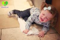 Cách đề phòng trẻ nhỏ 0 – 3 tuổi khỏi bị ngã